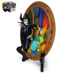 1994-Disney-Store-Sleeping-Beauty-Maleficent's-Curse-Dimensional-Collectible-Plate-008