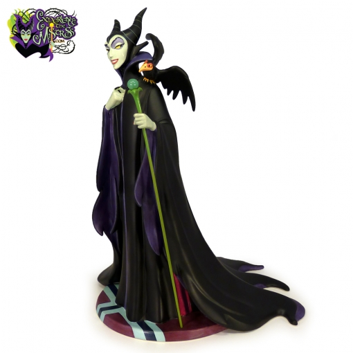 1999-Walt-Disney-Classics-Collection-Maleficent-Evil-Enchantress-Figurine-001