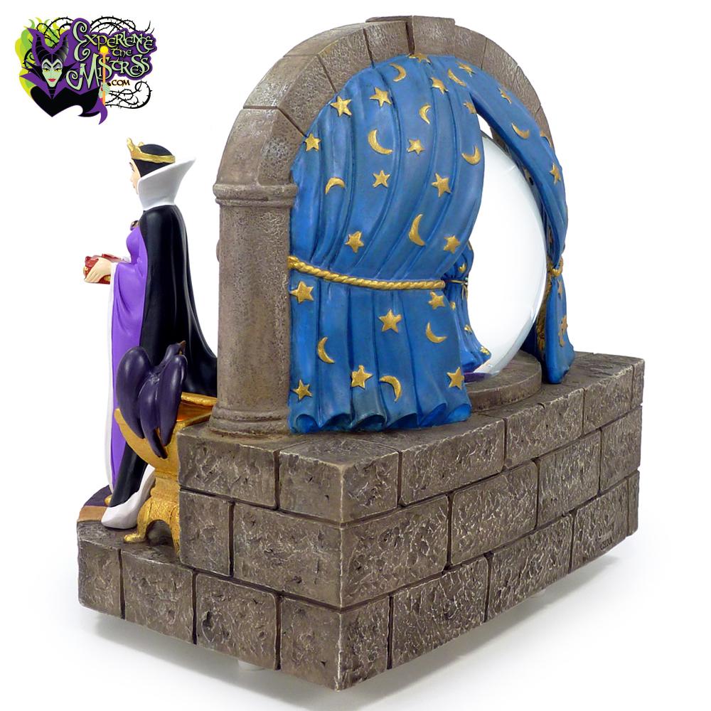 Disney Shopping & Catalog \'Snow White and the Seven Dwarfs\' Musical ...